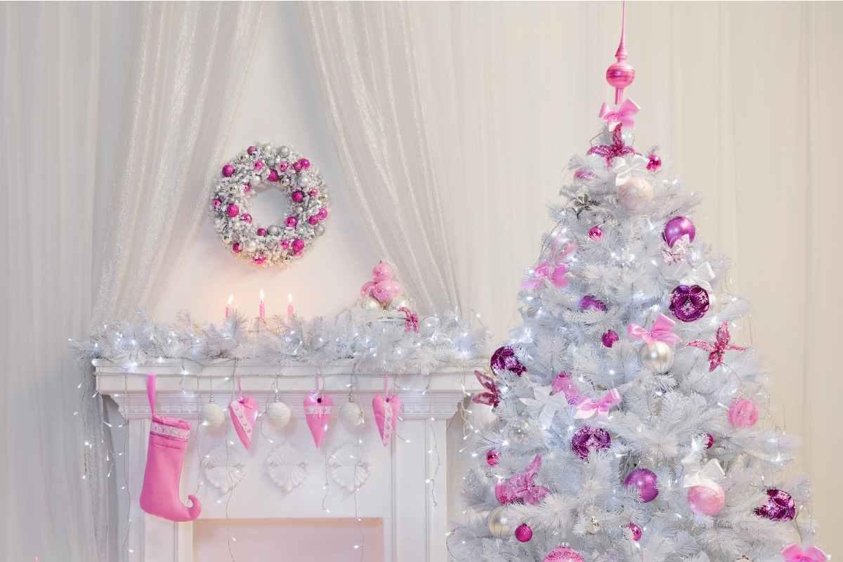 Foto Alberi Di Natale Bianchi albero di natale rosa| tutti i consigli per decorarlo e