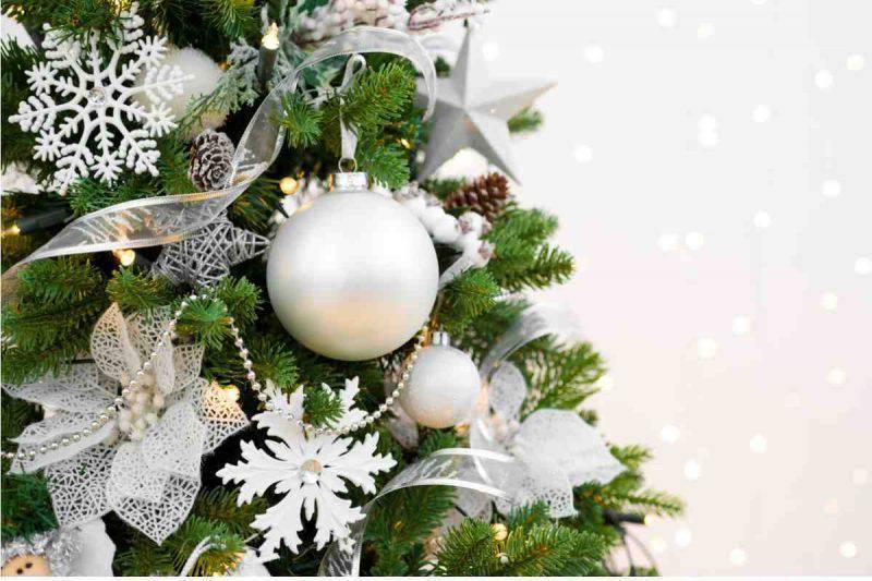 Albero Di Natale Bianco E Argento.Albero Di Natale Bianco Tutti I Suggerimenti Per Abbellirlo