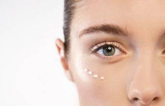 Come prendersi cura del contorno occhi