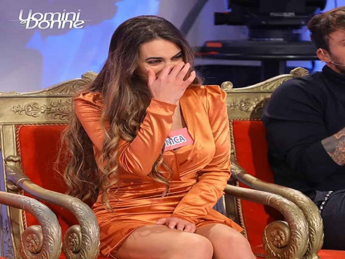 Trono Over, Juan Luis Ciano innamorato di Gemma: il gesto sorprende
