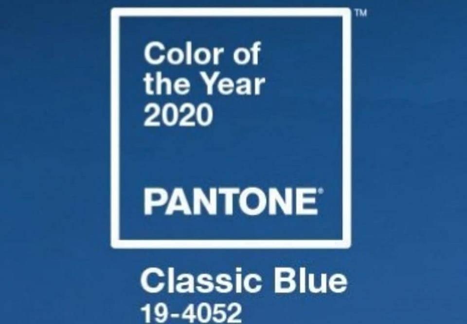 makeup | il colore Pantone 2020 classic blu abbinato al makeup