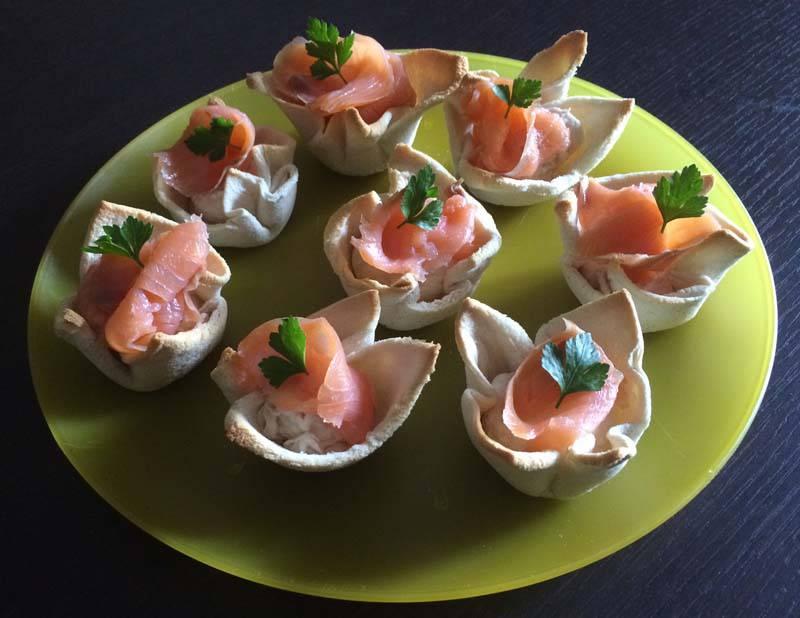 Cestini-di-pancarrè- salmone antipasto natale