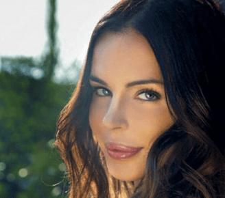 Nina Moric il suo mistero