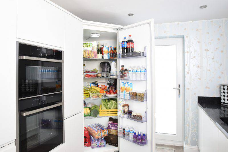 Come mettere gli alimenti in frigo in modo corretto