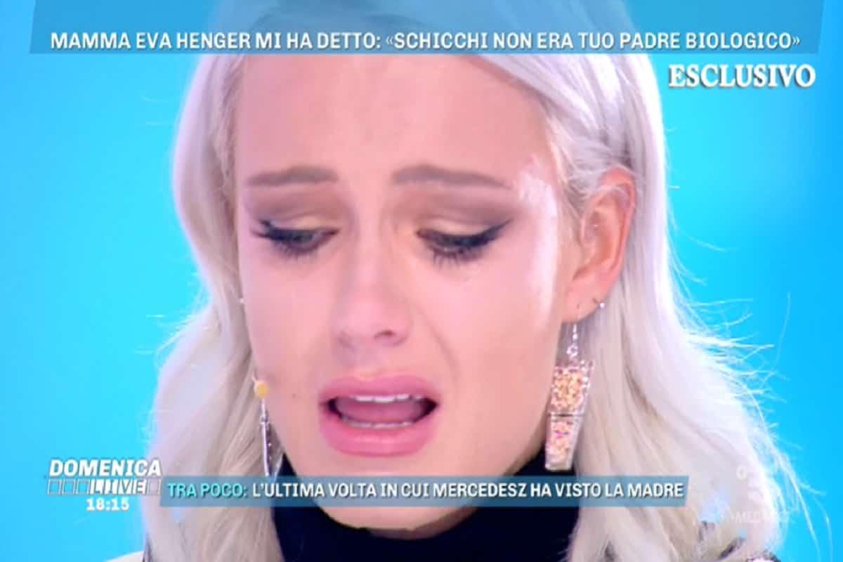 mercedesz henger piange a domenica live