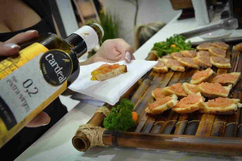 Profumo e aroma dell'olio extra vergine di oliva