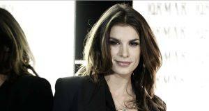 Elisabetta Canalis, foto in intimo mozzafiato