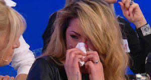 Ida piange al Trono Over