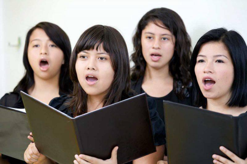 """Nasce """"Amies"""", il coro per aiutare le vittime di tratta"""