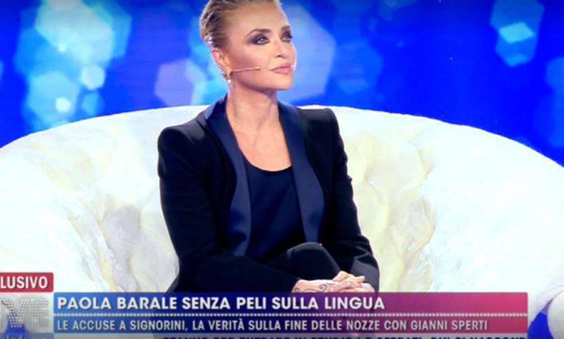 Live Non è la d'Urso, Paola Barale alle 5 sfere