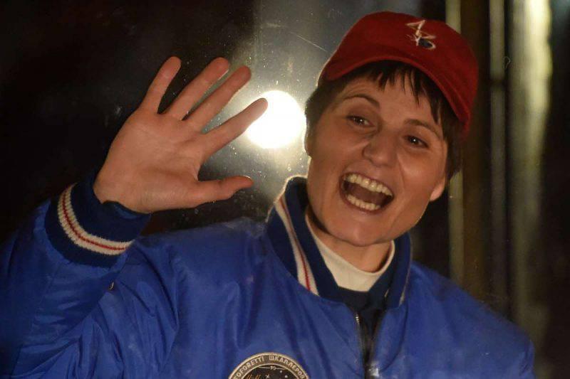 Samantha Cristoforetti pronta a cedere il passo in Aeronautica