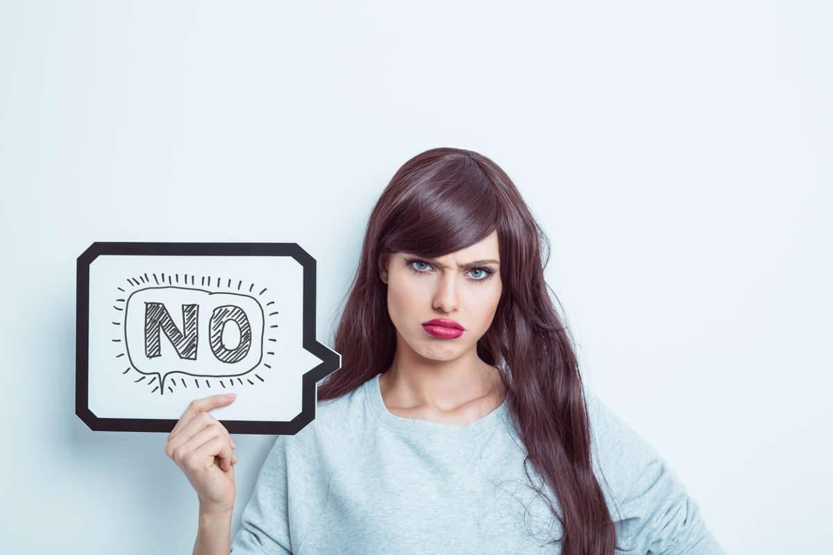 donna che dice no