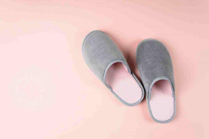 Indossare le pantofole