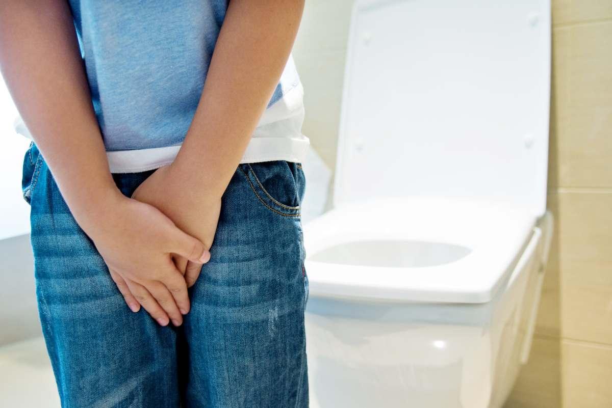 tenere la pipì troppo a lungo provoca un frequente bisogno di urinare