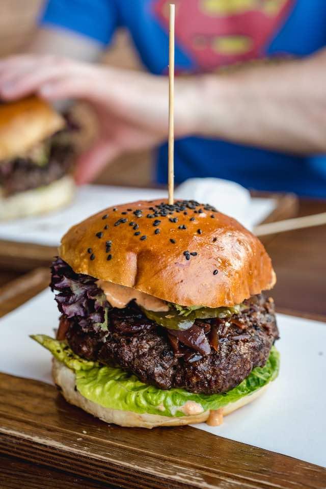 Hamburger veg cola sangue