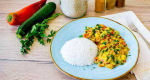 Curry di verdure con riso basmati ricetta vegana