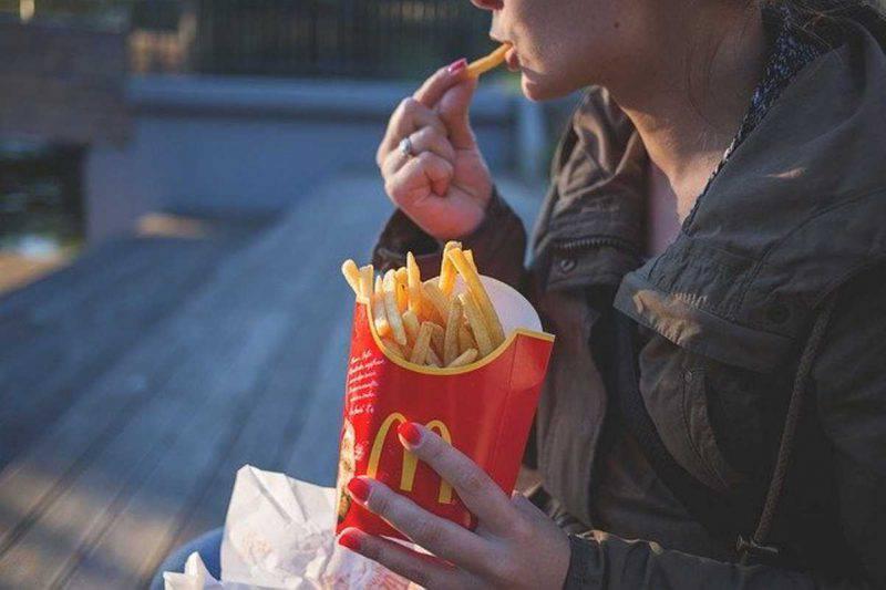 mindful eating fame nervosa