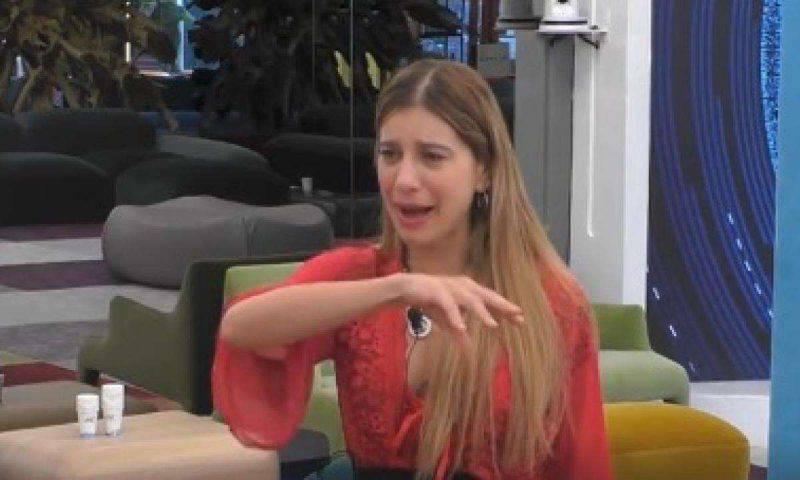 Clizia Icorvaia piange al GF Vip