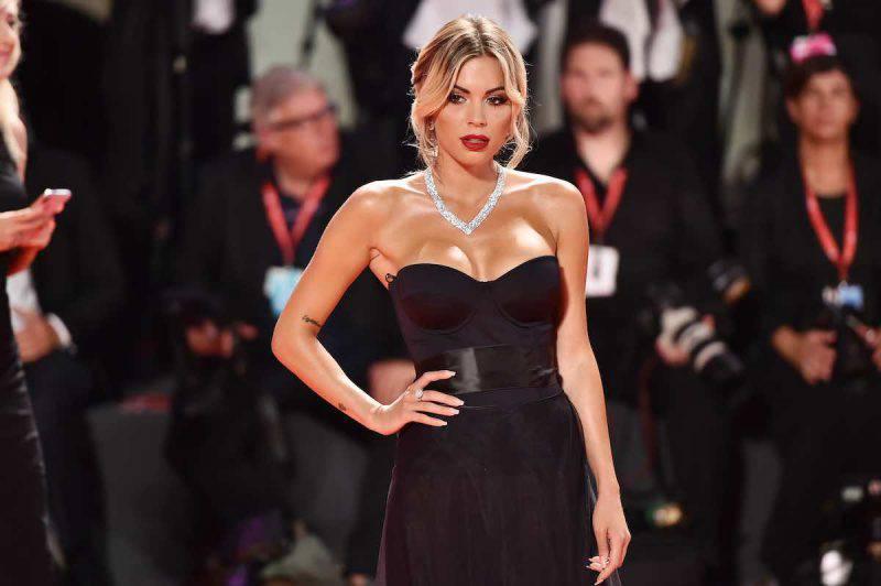 Ludovica Pagani, bellezza e fascino alla Milano Fashion Week