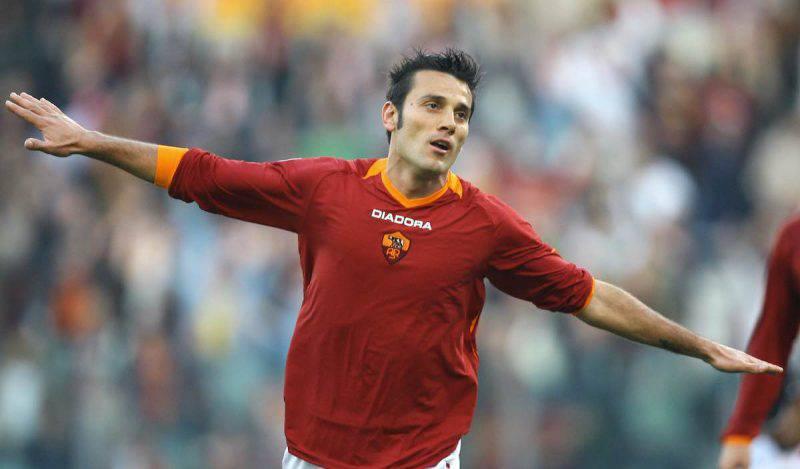 Montella, 102 gol con la Roma