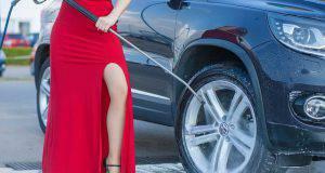 pulire l'auto rimedi naturali