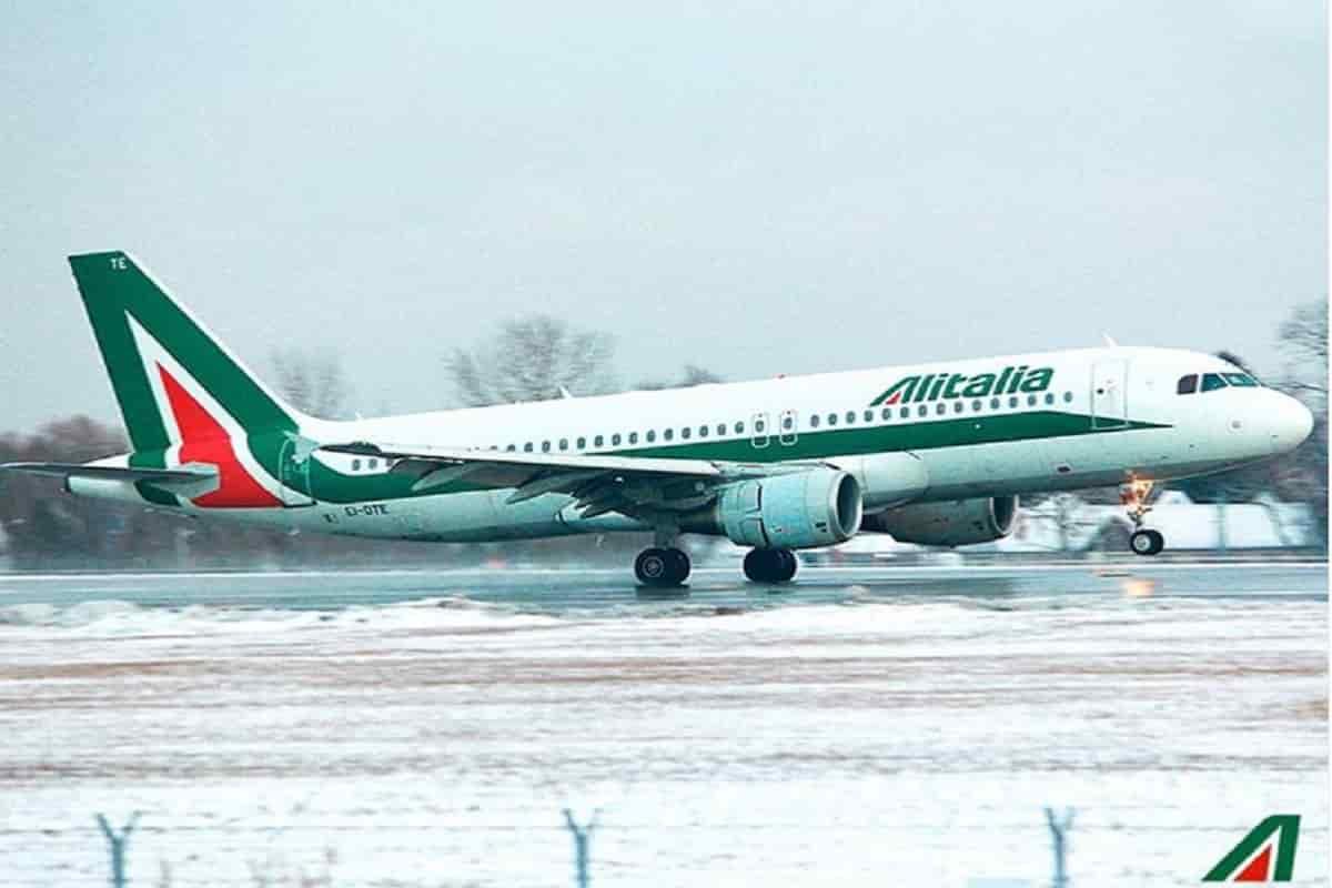 Coronavirus | Aereo Alitalia bloccato alle Mauritius partito da Roma