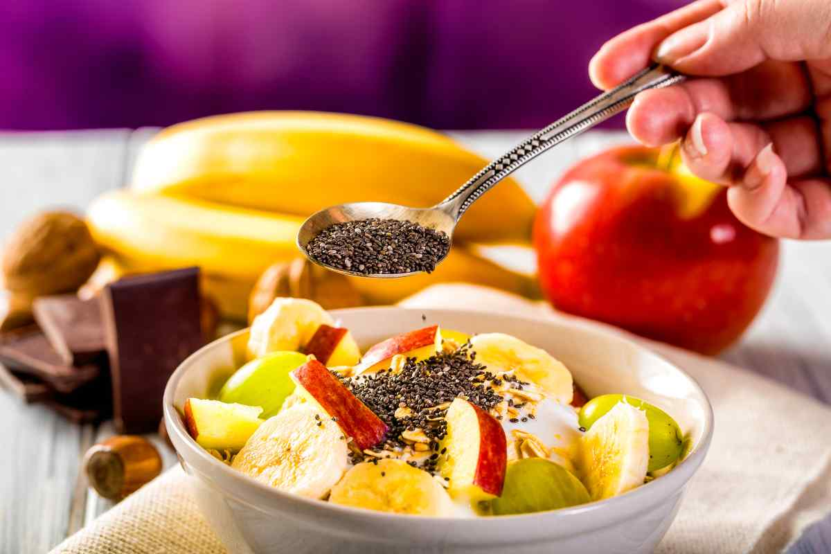 semi di chia e frutta