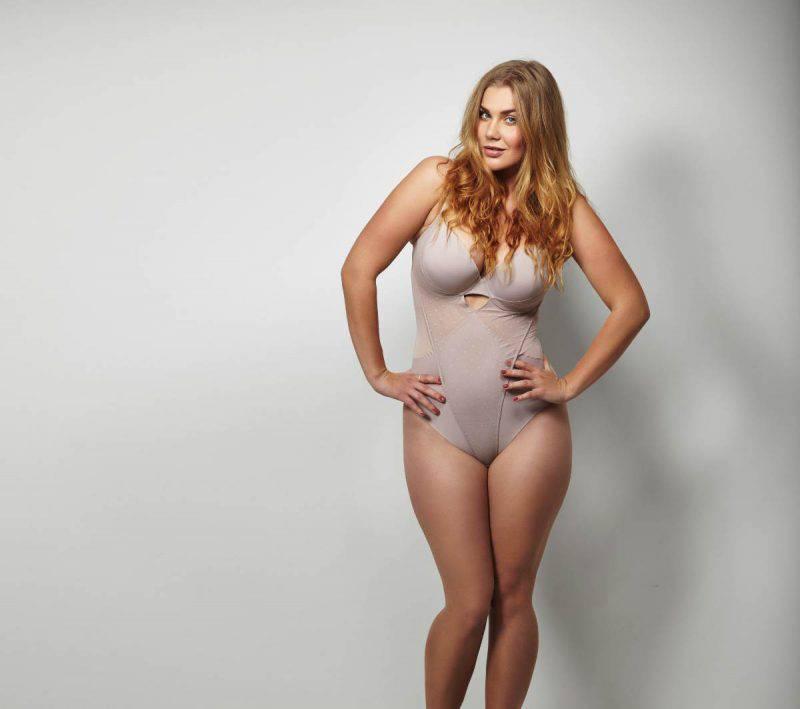 donna curvy