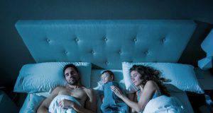 Dormire con mamma e papà fa crescere i bimbi più sani e felici