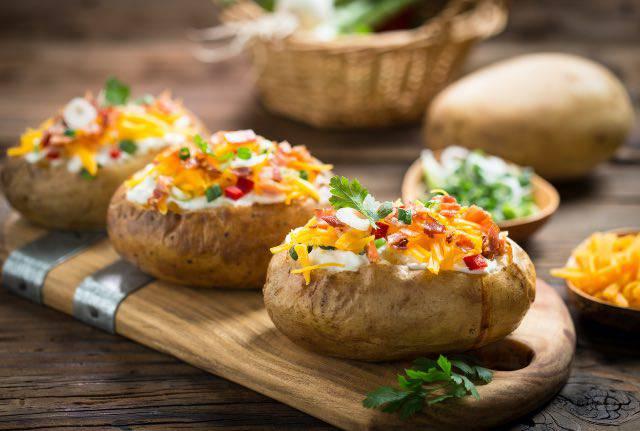 Ricetta e video delle patate ripiene