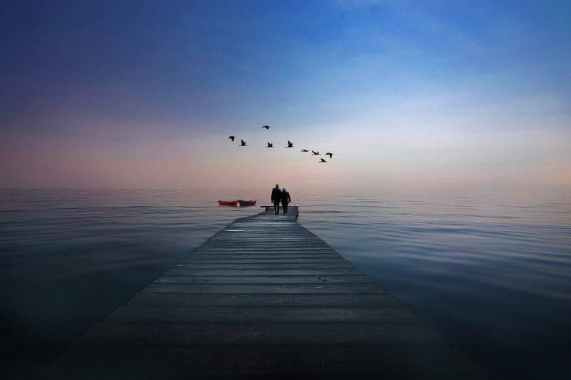 coppia vista lago