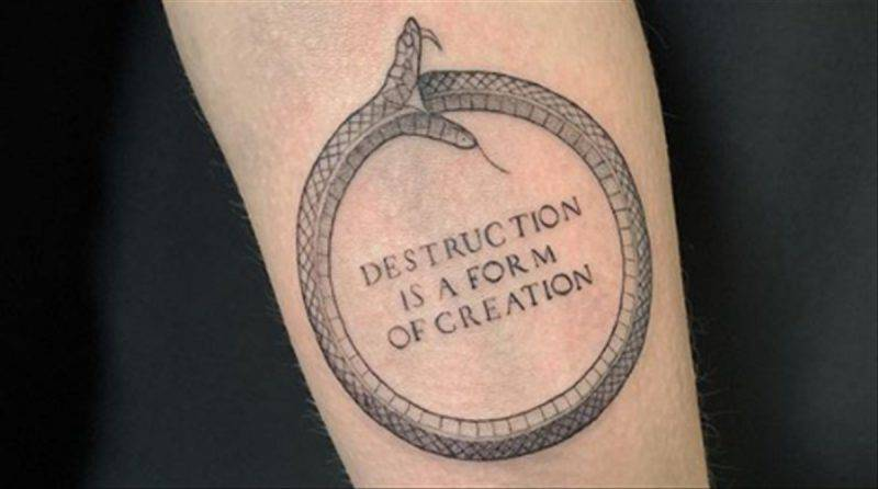 tatuaggio ouroboros