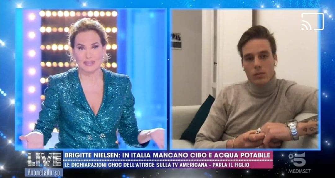 Live Non è la D'Urso | Barbara d'Urso chiede la smentita ufficiale a Brigitte Nielsen