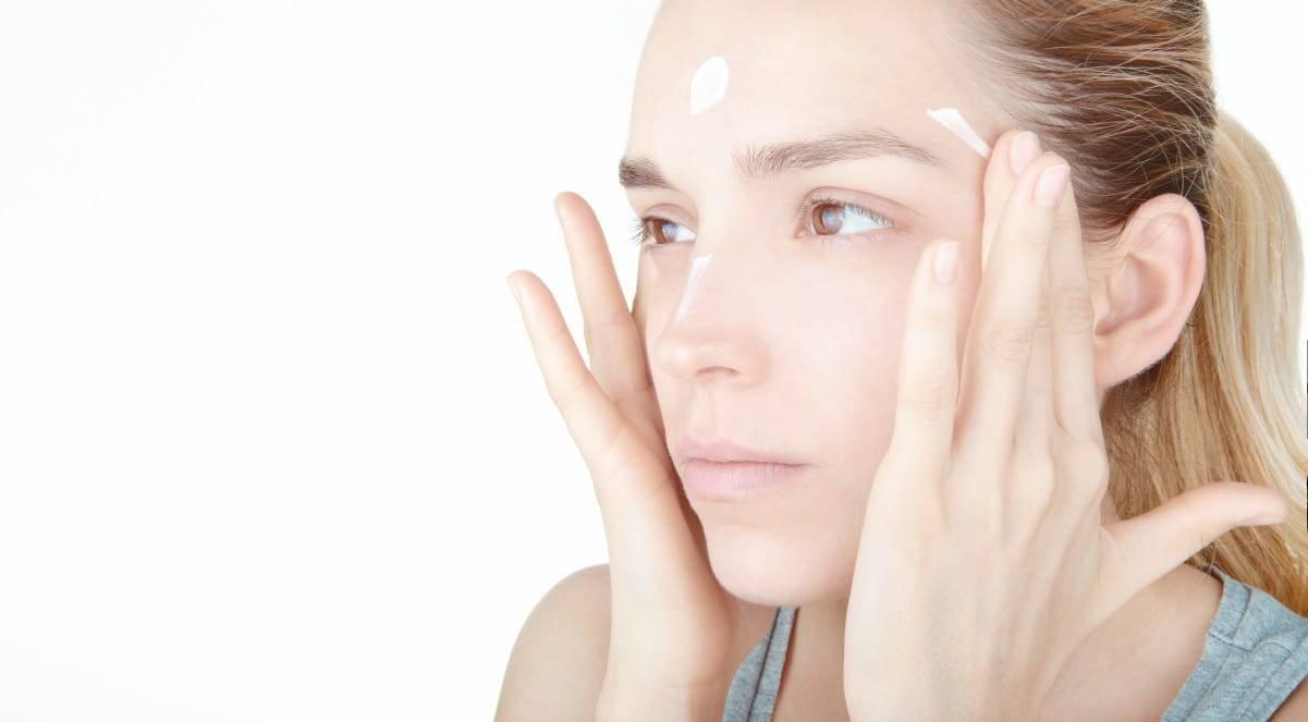 5 trattamenti casalinghi per la pelle secca