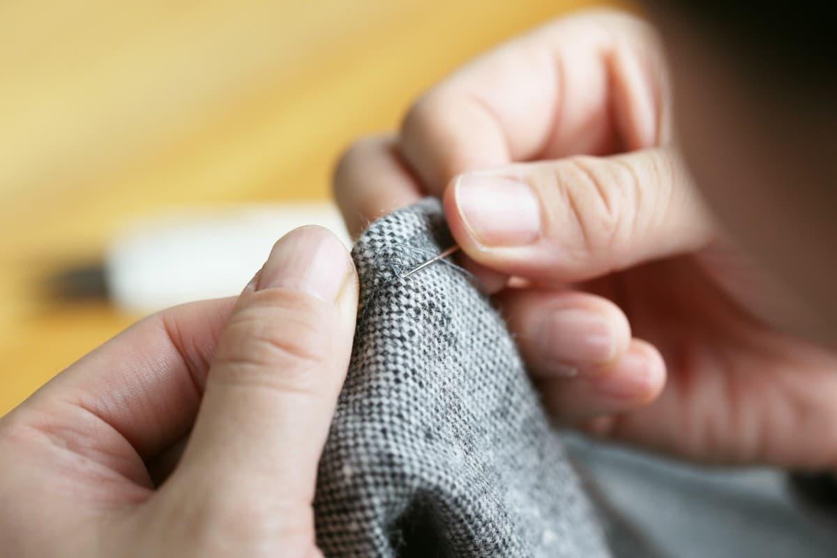 I punti principali del cucito a mano come fare un orlo in modo semplice