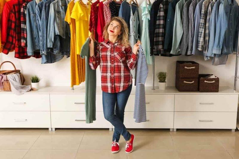guardaroba armadio vestiti