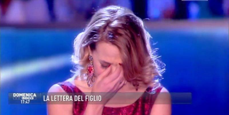 Barbara d'Urso piange sentendo Conte