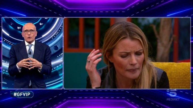 Licia Nunez furiosa con Antonella Elia