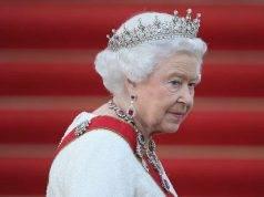 La Regina Elisabetta lascia Buckingham Palace
