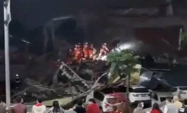 Crollo di un albergo in Cina
