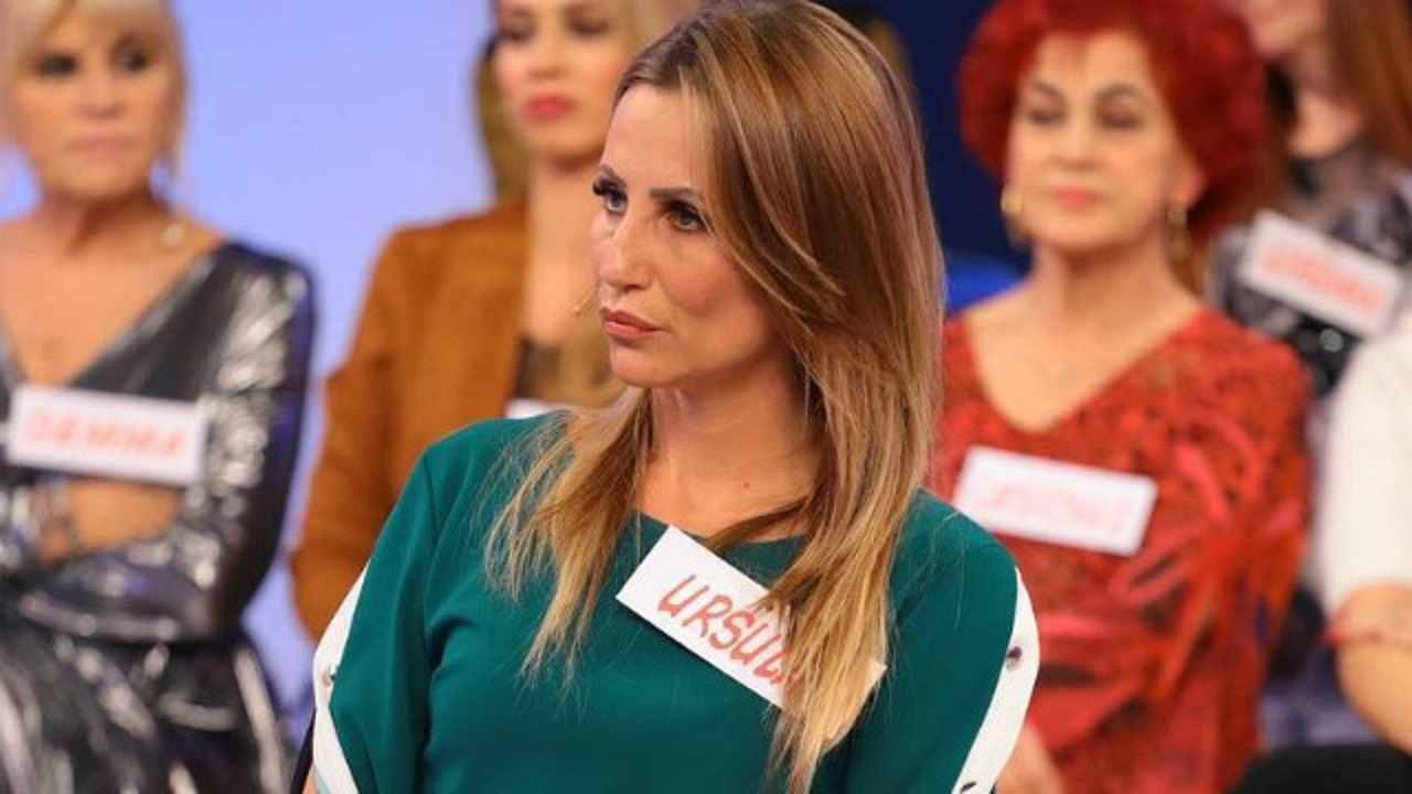 """Ursula Bennardo stronca Paolo e Clizia e Live: """"Che figura di merd*!"""""""