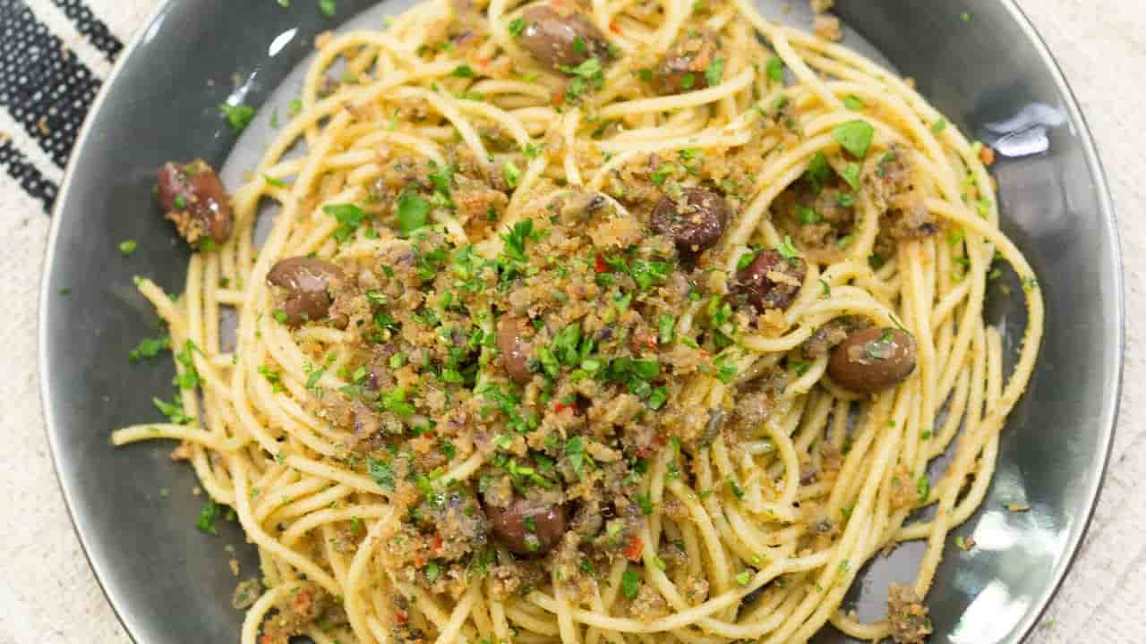 Spaghetti poveri - la ricetta