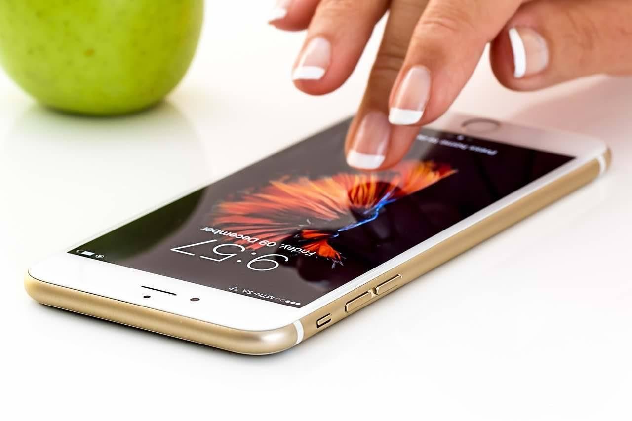 smartphone coronavirus