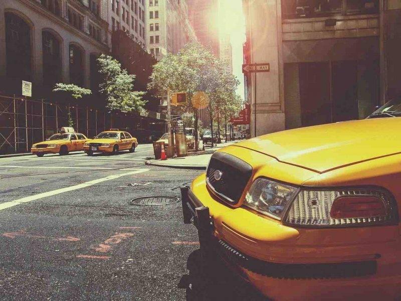 Taxi, nuovo metodo di pagamento online (Getty Images)