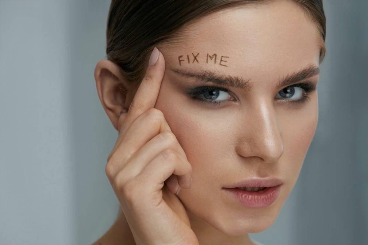 Soap Brows la nuova tendenza makeup per sopracciglia perfette