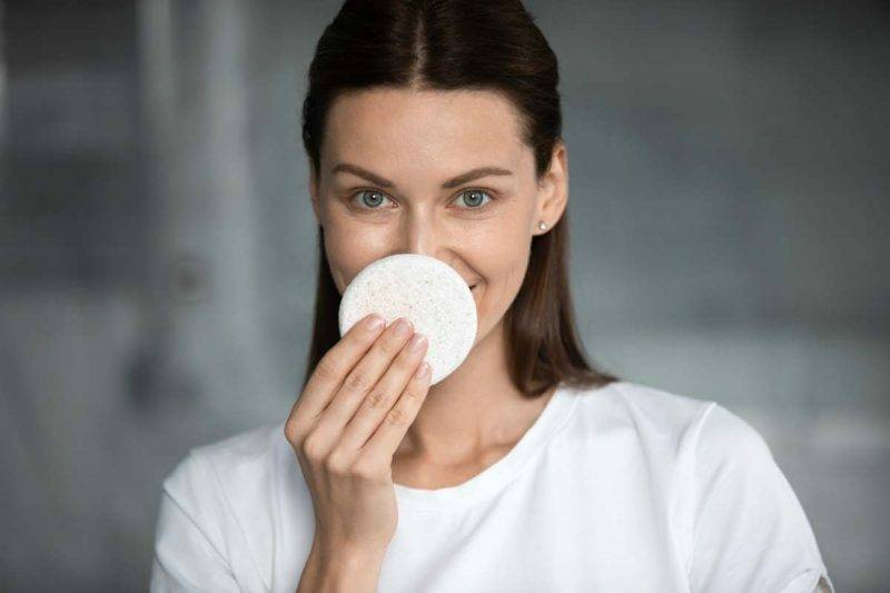 Come curare la pelle impura e 5 trattamenti per eliminare i punti neri