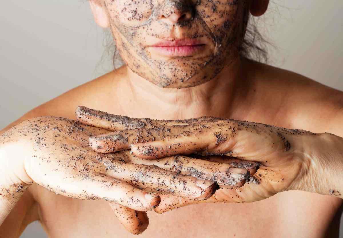 scrub viso e corpo