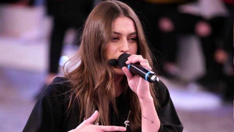 Gaia canta ad Amici