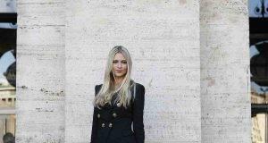 Martina Stella rincuora i followers