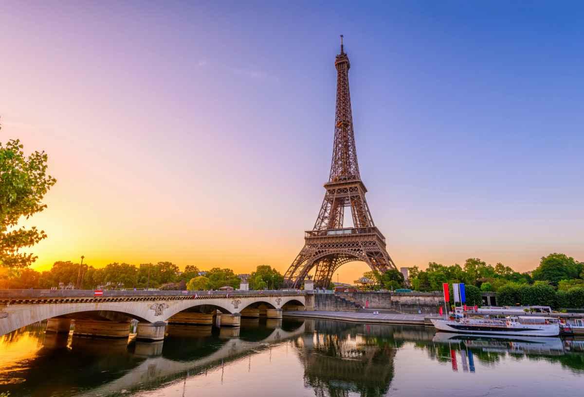 Parigi | acque non potabili contaminate da Coronavirus